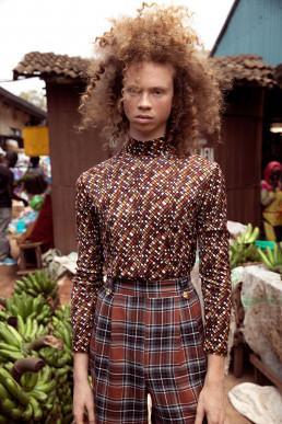 Model on a market