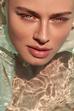 Beauty shoot water by Zilla